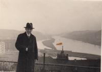 Dědeček Anastázie Kopřivové na Vyšehradě 1938