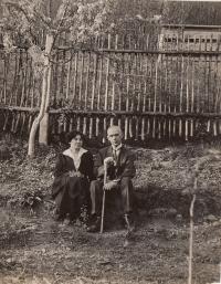babička a dědeček Anastázie Kopřivové