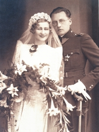 03- wedding of the mother Agáta with Stefan Csehily