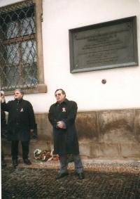 János Kokes při oslavách maďarského státního svátku, Praha 2005