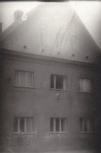 Mastířovice, průčelí