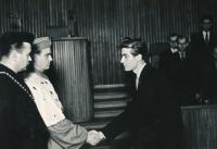 Promoce na VŠE v Praze, 1956