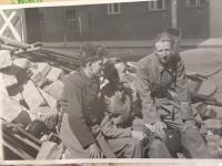 Foto od O. Leisky in 1945 in Prague