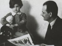 S otcem Vilémem Novým, 1932