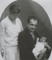S rodiči, 1928