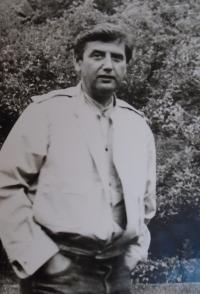 05-manžel Ing. Vladimír Straka - narozen 1932