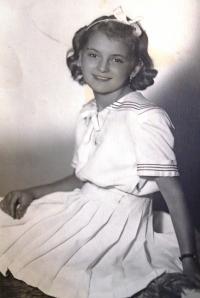 20 - A young Jana Straková