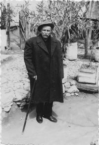 Kristo Lafazani v civilu, Bilischt - Albánie, květen 1967