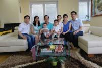 Te Do Hoang s rodinou, 2014