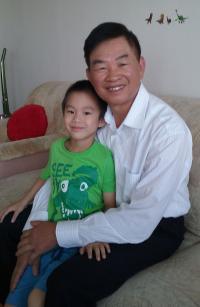 Te Do Hoang s vnukem Honzíkem, 2016