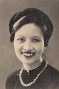 biologická matka Nhung