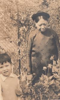 babička Nhung