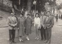 Vietnam konec 50. let Nhung s Vladimírem uprostřed