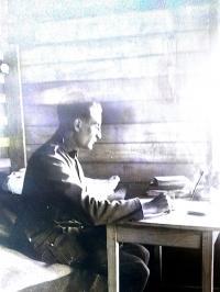 Josef Bartoň jako voják při mobilizaci