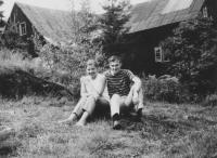 Karel Polanský se svojí budoucí manželkou, červenec 1969
