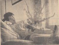 Petra Erbanová se střelným poraněním pravé nohy v liberecké nemocnici, srpen 1968