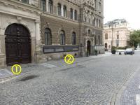 1) místo kde byl Petr Šída 21. 8. 1968 postřelen; 2) místo, kam byl dvěma muži odvlečen a následně zasažen do chodidla