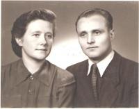 Svatební fotografie z roku 1954