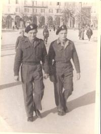 Jan se svým bratrem Karlem v Itálii