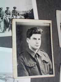 Viktor Wellemín, válečná fotografie