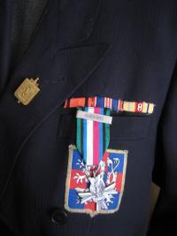 Ze současné vojenské uniformy