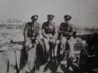 Důstojníci (Střední východ)