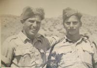 Viktor Wellemín (vpravo) s bratrem Adolfem