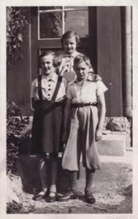 1934 Sudety, Eva  with her German friend  Kurt Stolle