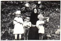 Martin's mother with her grandchildren