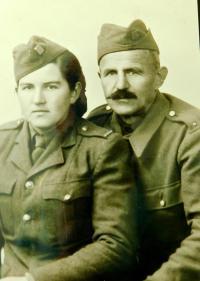 Strýc Josef Širc a sestřenice Marie Šircova v čs. armádním sboru