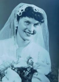 Manželka Dobromila Knápková (Valentová)