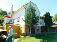 Žilkův mlýn u Velké nad Veličkou, kde rodina za války ukrývala vysílačku a Františka Bogataje a kde bydlí Bronislav Knápek