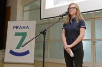 Viktoriya Mohish představuje Zlatu Černou, závěrečná prezentace Příběhů našich sousedů v Praze 7, květen 2017