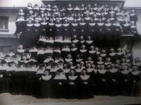 fotografie rehoľných sestier pracujúcich v Mnichove (50.te roky)