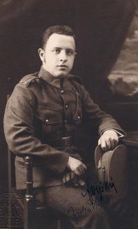 František Vyškovský (father), as a soldier, 1923.