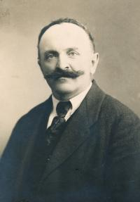 Jaroslav Vyškovský (grandfather), Vsetínsko.