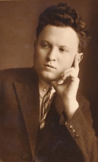 Jaroslav Vyškovský (strýc), poslanec československého parlamentu