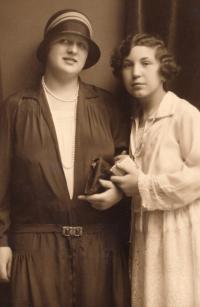 Josefa Vyškovská (mother) with fathers sister Vlasta