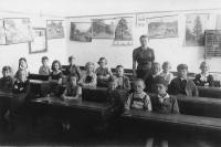 School photo of Richard Vyškovský in Vienna, 1935-6