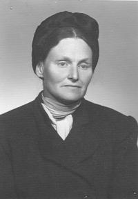 Aunt Anna in Prague