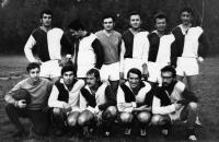 s fotbalovým týmem v Příbrami (záskok za brankáře)