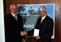 2006 - předávání Heveshyho medaile v USA, s profesorem Chattem