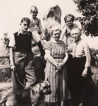 from the left: Zdeněk, mother, grandmother and sister, 1938