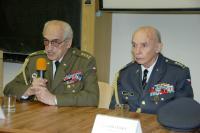 Pavel Vranský (vpravo) na Univerzitě Obrany (2013)