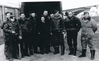 Pavel Vranský (čtvrtý zleva) v proti-ponorkovém letectvu