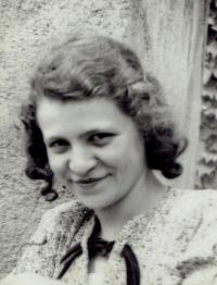 Mariana Bukovská, 1938