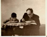 Ivan s tátou, Praha asi 1960