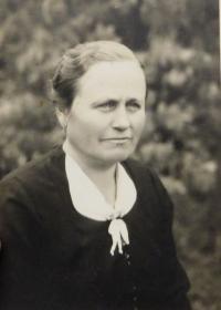 Babička Bartošová