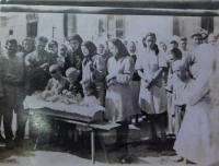 Pohřeb bratra Bohdana v roce 1948 v Terešově na Volyni