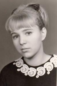 Helena Nosková maturitní foto